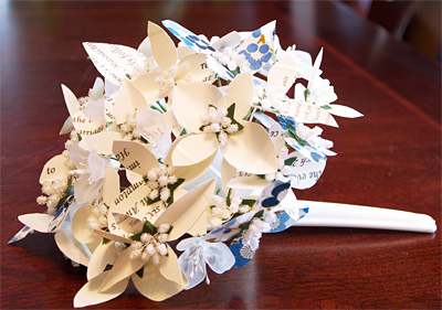 Eco-friendly DIY paper flower bouquet